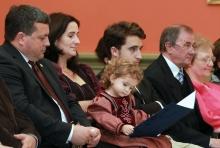Bányai Gábor a családjával
