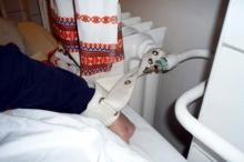 radiátorhoz rögzítették a beteget