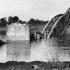 1944-ben lebombázott bajai Duna-híd