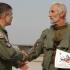 Besenyei Péter Kecskeméten a Gripen légibázison