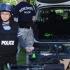 kisgyerek rendőrfelszerelésben