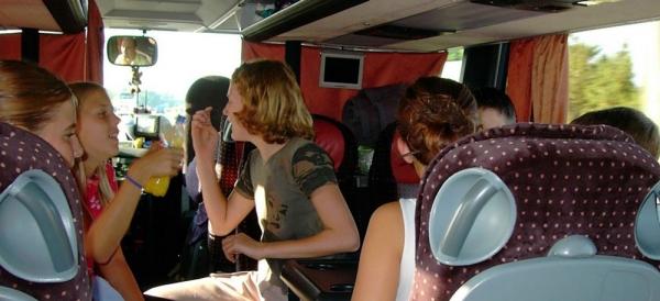 osztálykirándulás busszal