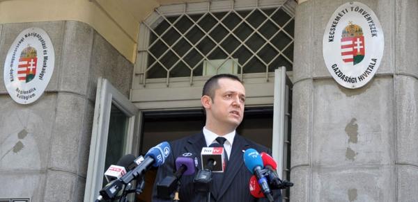 Schmidt Gábor ügyész